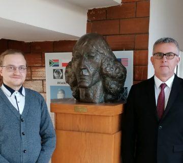 Eryk Nowik i prof. Andrzej Niedzielski